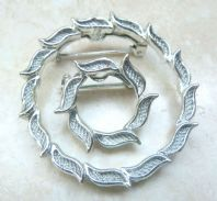Vintage Pair Of Modernist Style Wreath Brooches By Gerrys.
